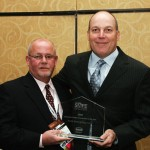 Tom Rhodes accepts 2009 Safety award for excellence
